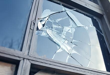 Réparation fenêtres, volets, vitrages