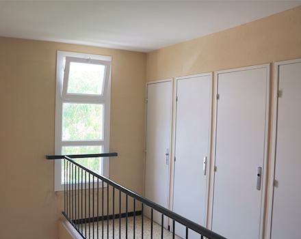 mentor alu portes armoires et mains courantes pour. Black Bedroom Furniture Sets. Home Design Ideas