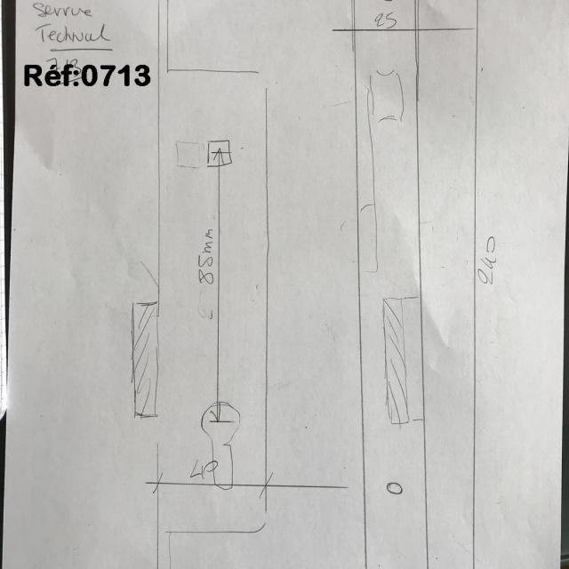 Serrure de porte  TECHNAL avec cylindre et gache 3