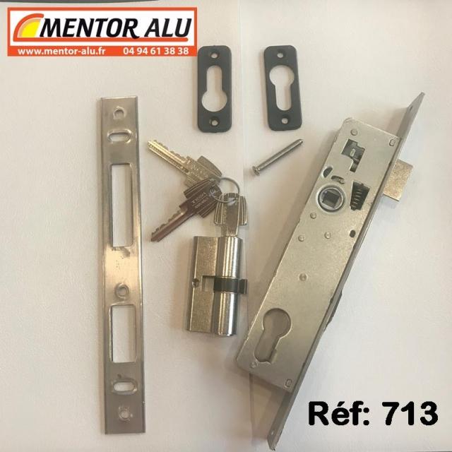 Serrure de porte  TECHNAL avec cylindre et gache 1