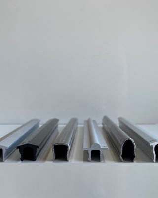 MENTOR | Alu - PVC - Stores -Rail pour baie coulissante et baie vitrée.